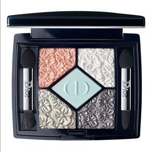 """Dior Glowing Gardens Eyeshadow """"031 Blue Garden"""""""